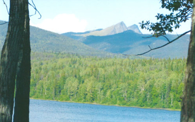 Nesabut Peaks at The Narrows on Takla Lake - lakefront cabins for rent